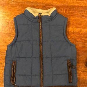 Gymboree quilted fleece vest: like new